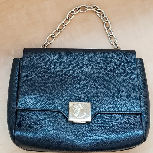 Versace handbag pebble leather with medusa head. M 5af46ec650687ce3b074d796 1552c86edf